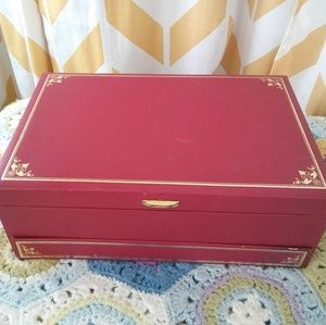 Vintage Mele Red Gold Jewelry Boxed Hinged